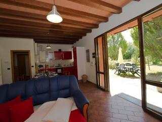 RAFFAELLO - Own Park & Parking, WiFi - Emilia-Romagna vacation rentals