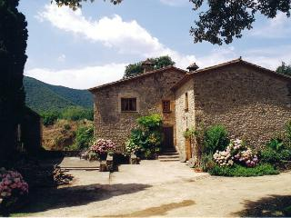 Countryside House - Besalu vacation rentals