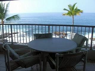 Kona Reef 2 Bedroom 2 Bath - Direct Ocean Front ! - Kailua-Kona vacation rentals