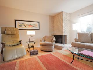 Comfortable, quiet, mid-century-Pac Heights - San Francisco vacation rentals