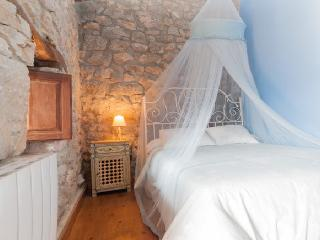 Beautiful cottage with forest.Idyllic - Cantabria vacation rentals