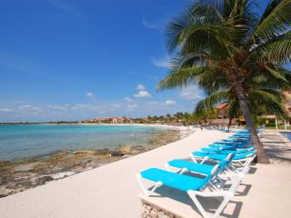 Chic Studio Located on the Marina w/ Beach Access - Puerto Aventuras vacation rentals