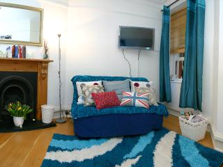 1 Bed Kensington Apartment -KHG - London vacation rentals