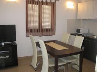 Apartmani Milic- Rogoznica-Zecevo 2 - Rogoznica vacation rentals