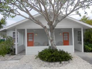 A Puff Away East- 114 Magnolia Ave East, Anna Maria - Anna Maria vacation rentals