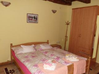 Colorfull wagon Romance for couples - Sremski Karlovci vacation rentals