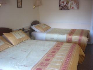 Sanmarino B&B 40Carrickhill Rd Portmarnock Dublin. - Dundrum vacation rentals