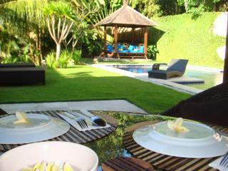 Villa Imaya - Spacious Villa in Quiet Umalas - 5 mn drive to Seminyak - Kerobokan vacation rentals