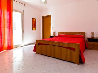 Comfortable with balcony Sea view, Parking & Wi-Fi - Marsala vacation rentals