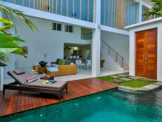 Luxury modern 2 bedroom villa Seminyak, Bali - Bali vacation rentals