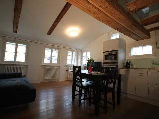 ZH Schmidgasse III - Apartment - Zurich vacation rentals