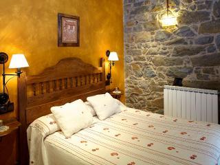 Apartamentos Rurales La Escanda - Belmonte de Miranda vacation rentals