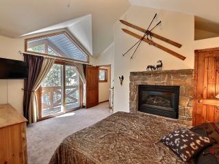 BRECKENRIDGE LUXURY CONDO 3BR/3BA SLEEPS 9 - Breckenridge vacation rentals