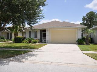 Amazing 3 Bed 2.5 Bath Luxury Pool Home In Sunset Lakes Community (AV2940SL) - Davenport vacation rentals