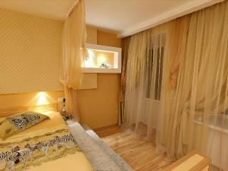 1-B-4 — One-Room Apartment «Business» - Poltava vacation rentals
