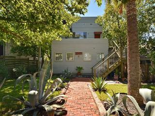 3BR/2.5BA Hilltop House East Downtown Austin - Austin vacation rentals