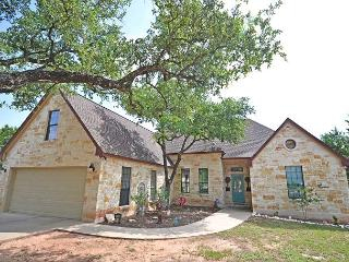 4BR/2.5BA Ideal Home in Lakeway 1/2 Mile from Lake with Pool - Austin vacation rentals