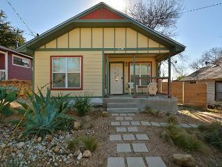 3BR/2BA Remodeled East Austin - Walk To East 6th Street - Austin vacation rentals