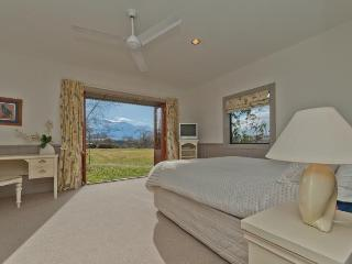 Manata Lodge - South Island vacation rentals