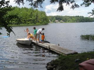 Lake Warren-Alstead-Walpole-Keene- Lake Cottage Re - Harrisville vacation rentals