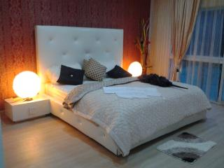 HIGH STYLE CONDOMINIUM - Patong vacation rentals