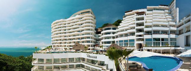 GRAND MIRAMAR RESORT - Luxurious Condo  In  Puerto Vallarta, Mexico - Puerto Vallarta - rentals