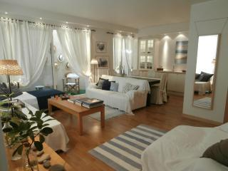 A Cozy Apartment close to Glyfada Center - Athens - Glyfada vacation rentals