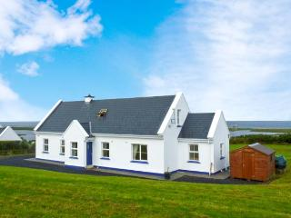 CROSS WINDS, detached cottage, open fire, enclosed gardens, sea views, near Louisburgh, Ref 27351 - County Mayo vacation rentals