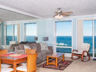 Spacious Oceanfront Condo-HDTV, WiFi, Pool/Hot Tub - Otter Rock vacation rentals