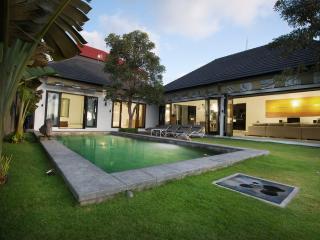 SHREYA- Canggu' most magical rice field view Villa - Bali vacation rentals