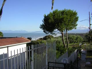 Apt. Villa - Situated in private park - sea views - Agropoli vacation rentals