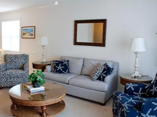 Warm and Welcoming Golf Villa in Barefoot Resort overlooking the Greg Norman Golf Course - North Myrtle Beach vacation rentals