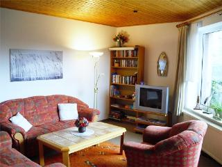 Vacation Apartment in Cuxhaven - 743 sqft, quiet location, good quality, low priced (# 4437) - Cuxhaven vacation rentals