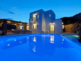 RockyMansion Mykonos Private Luxurious Villa - Kastro vacation rentals