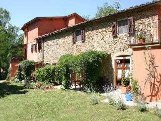 Villa Il Doccio: Casa Acqua - Terranuova Bracciolini vacation rentals