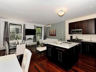 Stylish and Spacious 3 Bedroom Apartment 3 ~ RA42831 - Manhattan vacation rentals