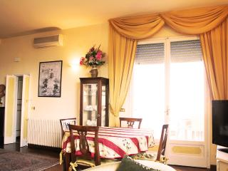 FLORENCETOGETHER APARTMENTS STENDHAL - Florence vacation rentals