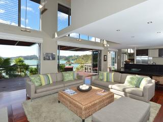 Wharekaha Absolute Waterfront - Russell vacation rentals