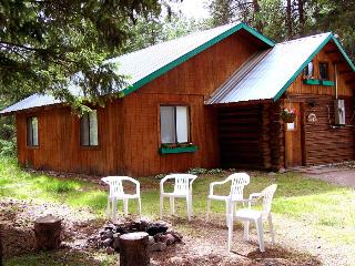 Swan Valley Centre Cabins - Wrangler - Condon vacation rentals