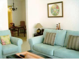 House 4 bdrms Golf + Fishing+Shops+ Beach Ahh - Port Saint Lucie vacation rentals