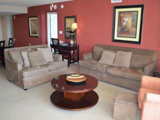 Huge 3BR luxury villa 1-603 @ Yacht Club! - North Myrtle Beach vacation rentals