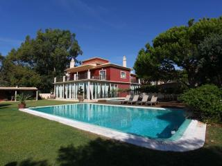 Vila Santa Eulália - 6 Bedroom - Private Pool & Jacuzzi - Sea Front View - Algarve vacation rentals