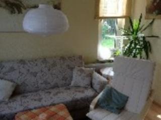 Vacation Apartment in Brunsbüttel - 969 sqft, comfortable, quiet, friendly (# 4450) - Hemmoor vacation rentals