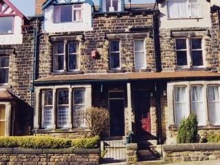 CRSOF101bLEE - The Tops 3 - Leeds vacation rentals