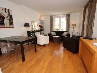 Shiny 2 bedrooms flat in Pigalle/Batignolles - Whiteparish vacation rentals