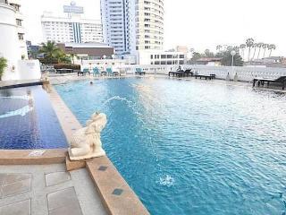 Jomtien Beach Condotel on Jomtien Beach - Pattaya vacation rentals
