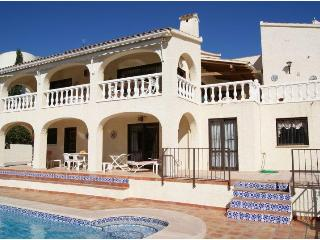 villa 6 pers.pool of 11 m on golf course, sea view - La Nucia vacation rentals