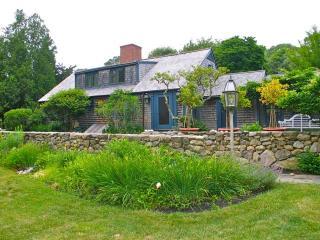 Vintage Seven Gates Manor! (Vintage-Seven-Gates-Manor!-WT101) - West Tisbury vacation rentals