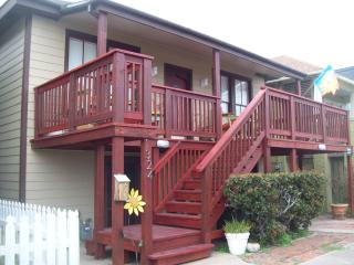 Sand & Serenity 1 Block From Seawall Beaches - Galveston vacation rentals