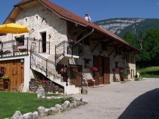 Chambre d'hôte Savoie. Lac Aiguebelette. Chambéry - Rhone-Alpes vacation rentals